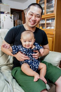 松村 瑛太(えいた)くん(5カ月)お父さん・英吉さん